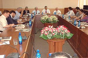 В Душанбе поговорили об исламе и демократии