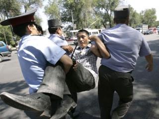 """Борьба с """"экстремизмом"""" в Киргизии — выгодный бизнес"""