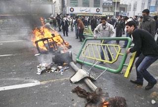 Число жертв в Иране достигло 8 человек