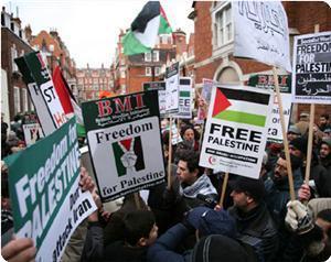 В Лондоне прошла акция по случаю годовщины агрессии в Газе