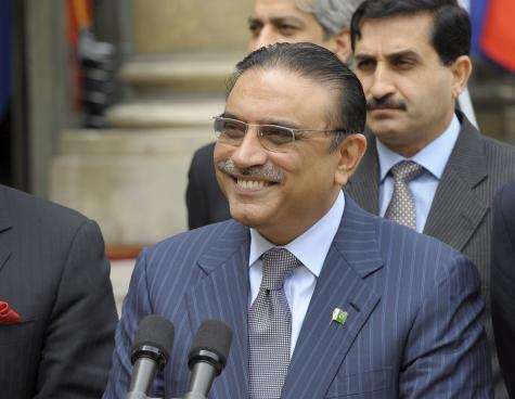 С кем собирается бороться президент Пакистана?