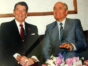 Горбачев отмахнулся от советов мудрого старца