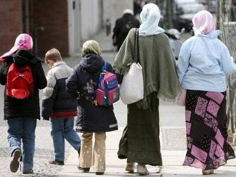 Турция не дает в обиду своих мигрантов в ФРГ