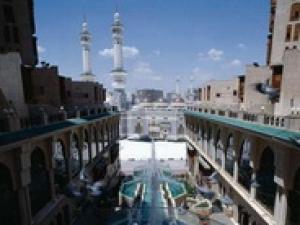 В Мекке проходит фестиваль исламского искусства