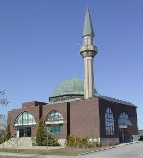 В Канаде совершено нападение на мечеть