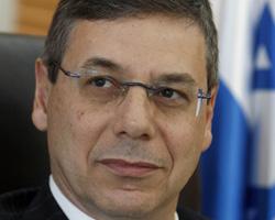 Израильские чиновники, опасаясь арестов, откладывают поездку в Великобританию