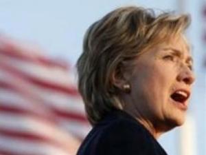 Клинтон просит Россию не беспокоиться в связи с расширением НАТО