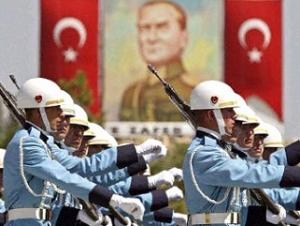 Обвинение требует 15 лет заключения для турецких генералов