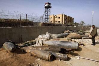 Двое раненых в результате израильского авианалета на сектор Газа