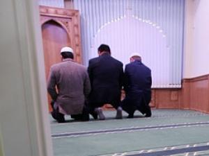 Следователи прошлись по мусульманским молельням