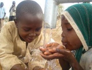 ОНН: Грязная вода убивает больше людей, чем войны
