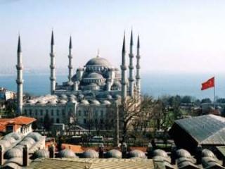 Поток туристов из РФ в Турцию вырос на 20%