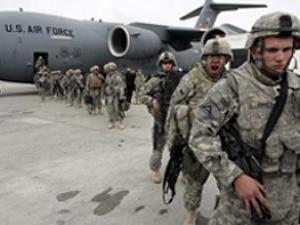 Из-за беспорядков в Киргизии закрыта военная база США