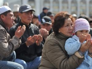Число погибших в ходе волнений в Киргизии увеличилось до 79 человек