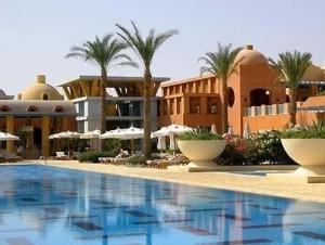 Патриарх Кирилл оценил египетские курорты и коптские монастыри (отдых Египет)