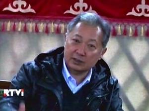Бывший президент Киргизии Бакиев готов к переговорам с новыми властями
