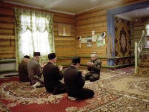 В татарской сельской мечети