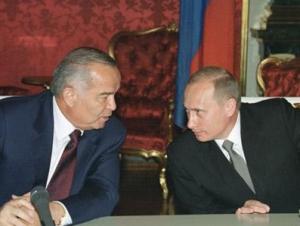 Путин призвал Каримова восстановить уровень отношений с Россией