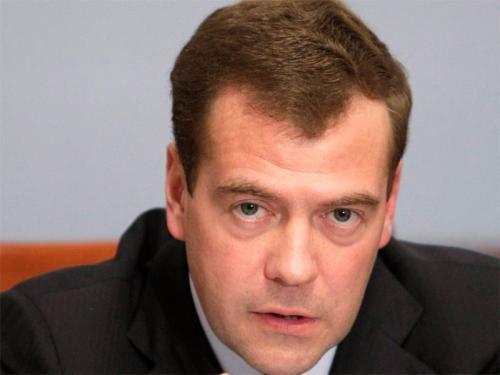 Президент Медведев впервые посетит с визитом Украину
