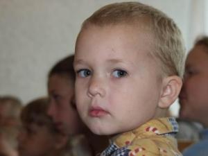 Директора петербургских детдомов поставляли сирот депутату-педофилу