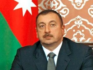 Президент Азербайджана наградил государственного деятеля Кувейта