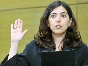 Мусульманка вступила в должность министра в Германии