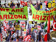 Американцы протестуют против закона Аризоны об иммигрантах