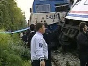 При столкновении двух поездов в Турции пострадали 32 человека