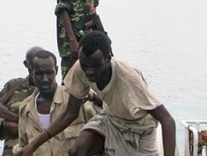 Сомалийские пираты обещали отомстить российским морякам