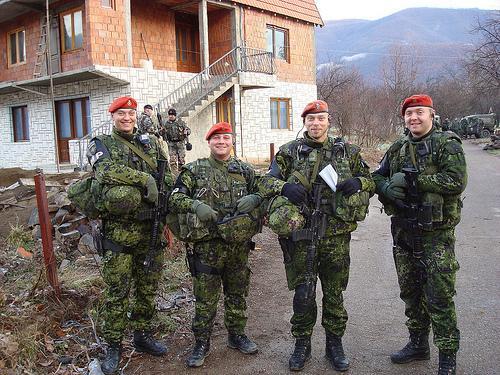 На штаб датского контингента в Косово совершено нападение