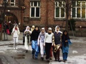 Родители финской школьницы добились отмены запрета хиджабов