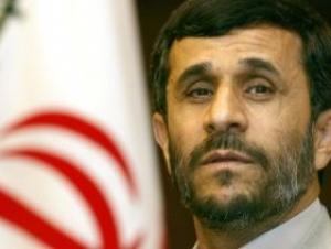 Махмуд Ахмадинежад советует России вести себя осторожнее
