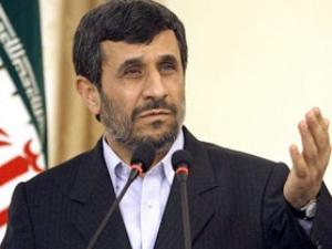 Махмуд Ахмадинежад призвал РФ и США поддержать иранские договоренности