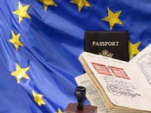 Албанцы и боснийцы будут въезжать в ЕС без виз