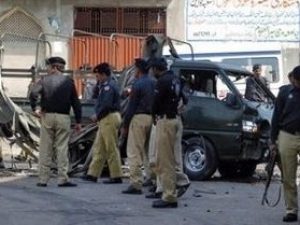 Теракт в пакистанских мечетях унес жизни 70 верующих