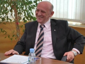 Лидер боснийских мусульман призывает  сербов «смотреть в будущее»