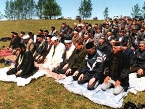 Пензенские мусульмане молятся о ниспослании дождя