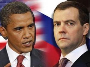 Президенты РФ и США договорились о координации действий обеих стран в Киргизии