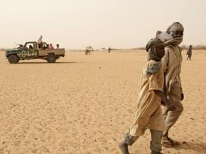 Судан закрывает границу с Ливией
