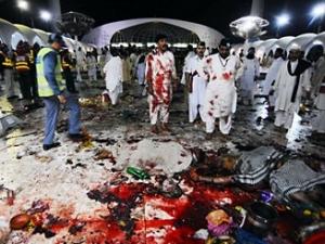 Жертвами взрыва у мечети в Лахоре стал 41 человек