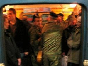 Откуда в метро «ветераны чеченской войны»?