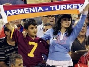 Армянские политологи обеспокоены переходом в ислам своих сограждан