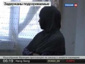 Надо было дать разрешение дочерям на ношение хиджаба, - заявил Беге Акаев