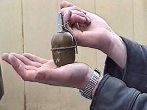 В квартире жены мусульманского издателя обнаружили гранату