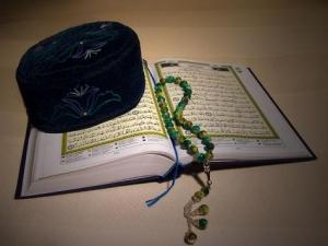 В мечетях учат только добру, сюда люди приходят, чтобы стать лучше и чище - имам
