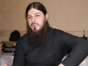 Иеродиакон Нестор (Люберанский) : Пензенское епархиальное управление имеет желание провести круглый стол с лидерами мусульманских общин