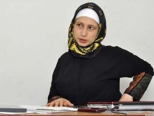 Надира Исаева: Государству надо принять процесс исламизации народа