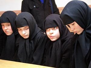 По факту издевательств над детьми в монастыре возбуждено два уголовных дела