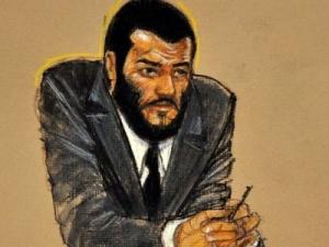 За признание в терроризме узнику Гуантанамо скостили срок на 32 года