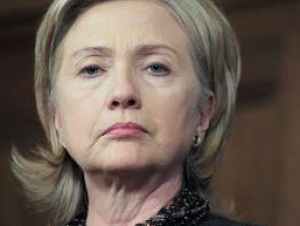 """Клинтон недовольна поставкой вооружений Сирией """"Хезболле"""""""